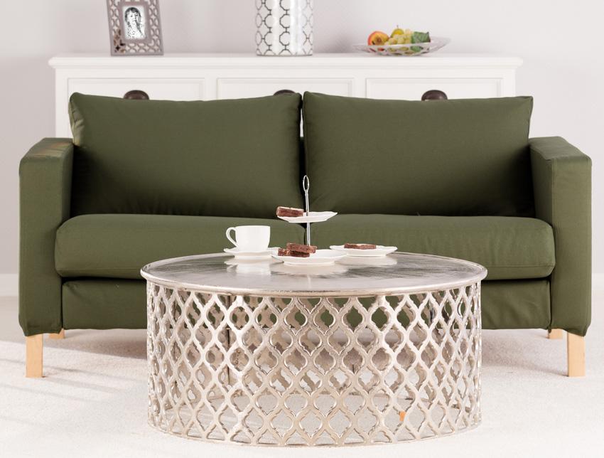 Pokrowiec na sofę w kolorze zgaszonej zieleni- kolor roku 2017