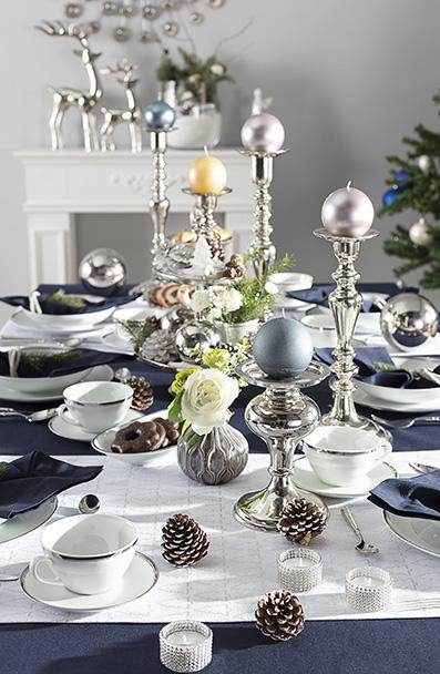 Weihnachtstafel im Glamourstil