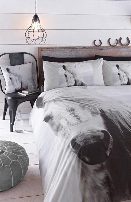 Sypialnia w skandynawskim stylu- prostota, minimalizm, przytulne wnętrza